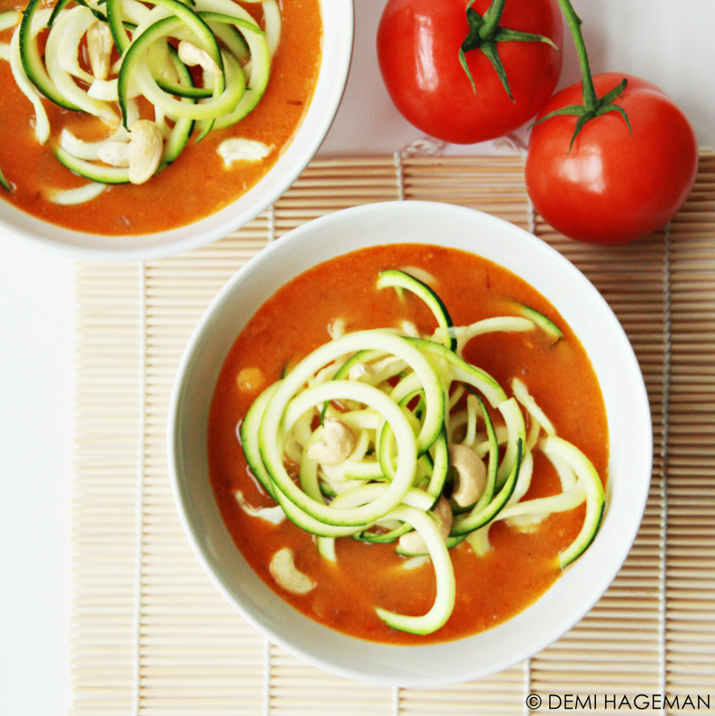 currysoep met courgetti vegetarische soep