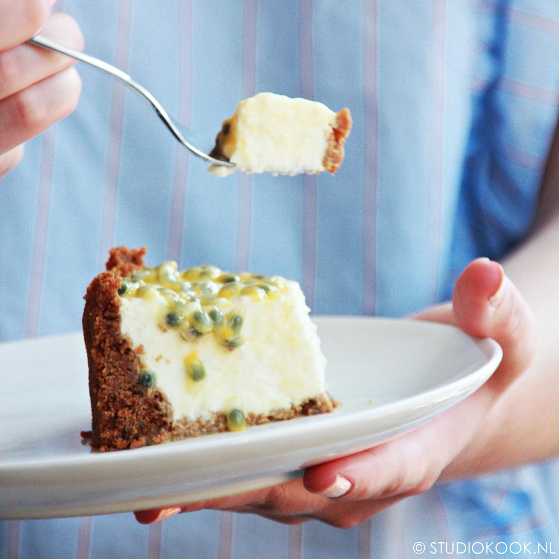 Cheesecake met yoghurt en passievrucht (geen oven nodig!)