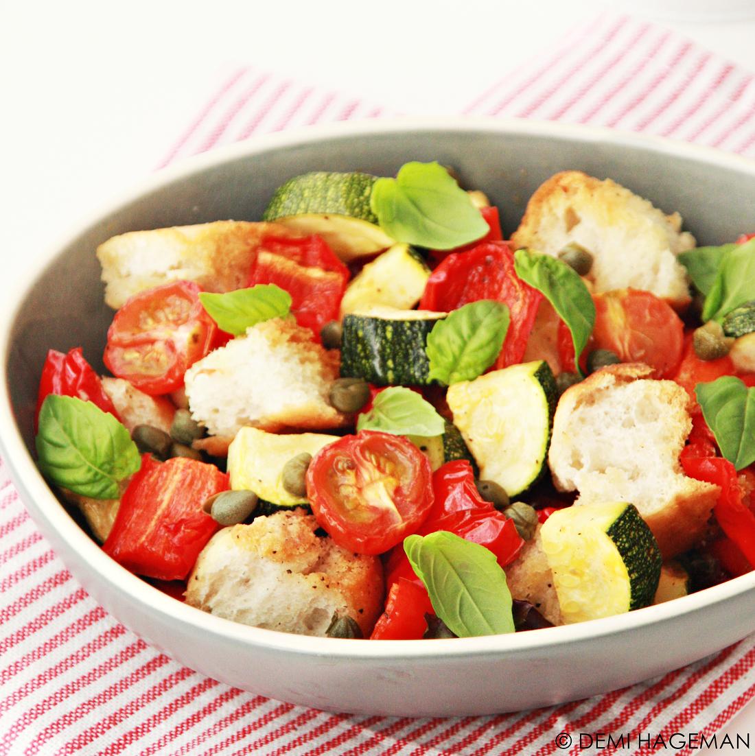 Koken met restjes: panzanella met geroosterde groenten