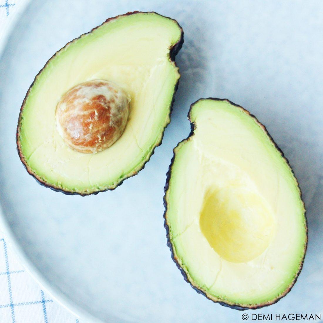 hoe weet je of een avocado rijp is?