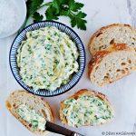 Peterselieboter - lekker op stokbrood of bij een stukje vlees of vis