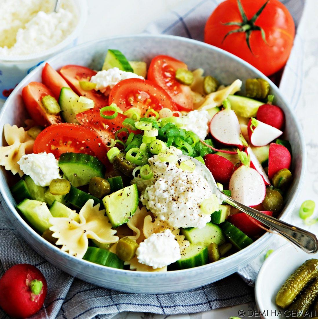 gezonde salade met hüttenkäse